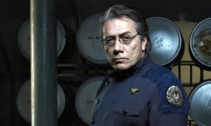 commander-william-adama-001.jpg