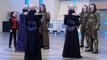 """The Orville 1x09 """"Cupid's Dagger"""""""