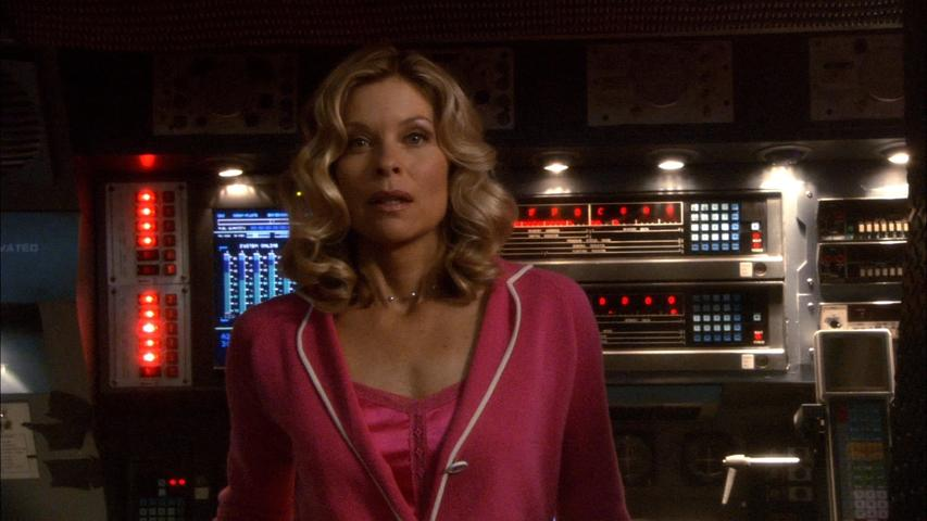 "Battlestar Galactica 1x09 ""Tigh Me Up, Tigh Me Down"""